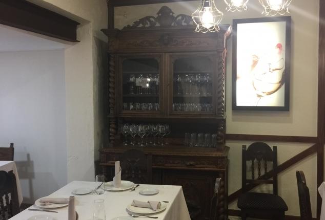Reformas en Ourense. Asador de Roa