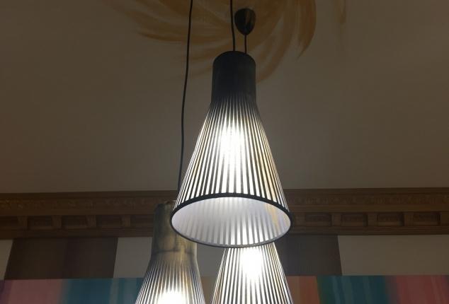 Reforma e interiorismo de Restaurante Habana 83 en Ourense